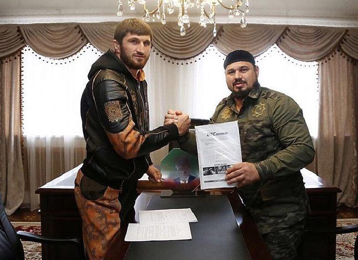 Магомед Анкалаев подписан в UFC