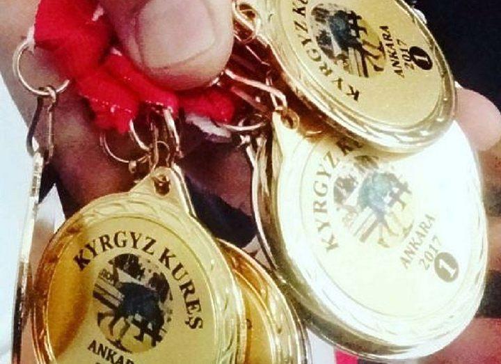 Кыргызстанские борцы стали победителями международного турнира по кыргыз курошу в Турции