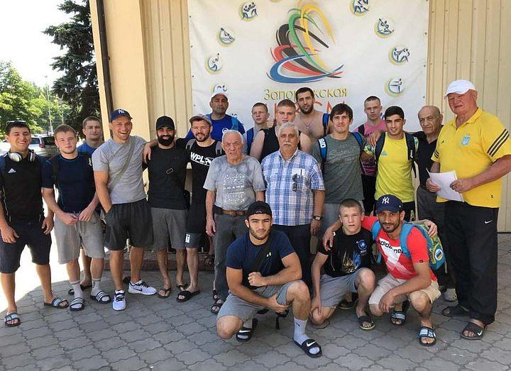 Сборная Запорожской области по греко-римской борьбе готовится к чемпионату Украины