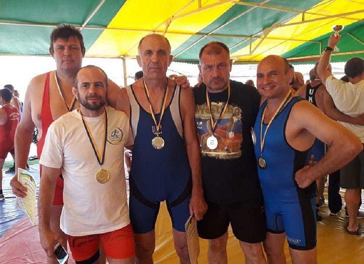Мариупольцы выбороли еще два «золота» на соревнованиях по греко-римской борьбе