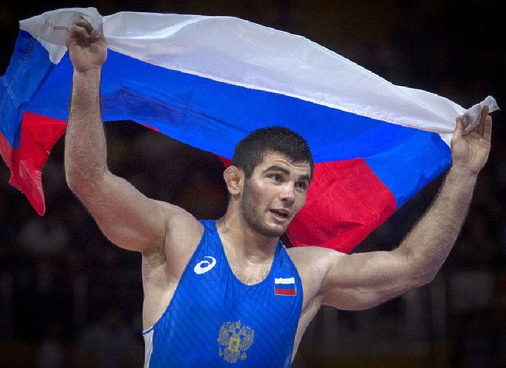Артур Найфонов возглавит сборную России по вольной борьбе на первенстве мира U-23