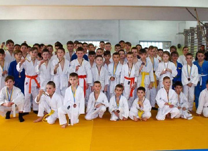 В Каменском прошел юношеский чемпионат города по дзюдо