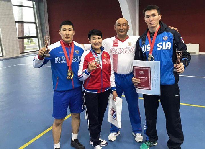 Спортсмены СВФУ завоевали золотые награды Кубка мира по мас-рестлингу в Баку