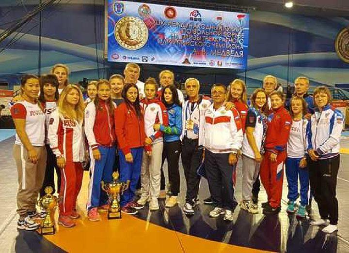 Россиянки победили в пяти весовых категориях на международном турнире на призы Медведя в Минске