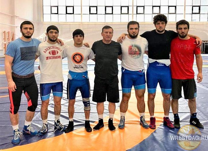 Дагестанские вольники тренируются в Нур-Султане