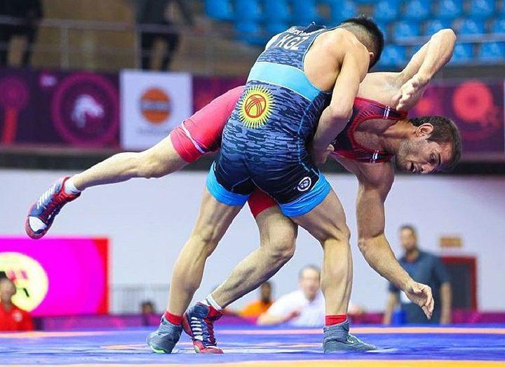 Сборная Кыргызстана по греко-римской борьбе готовится к лицензионным турнирам