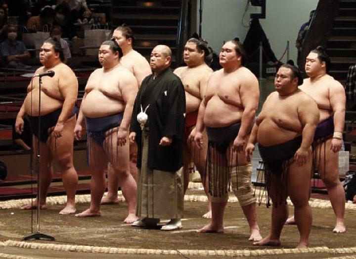 В Кокугикане начался Осенний турнир
