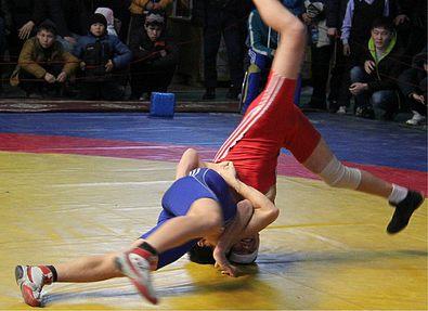 В Бишкеке прошел турнир по греко-римской борьбе памяти Виктора Москальченко