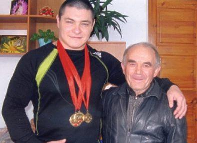 В Бердянске умер известный тренер по греко-римской борьбе