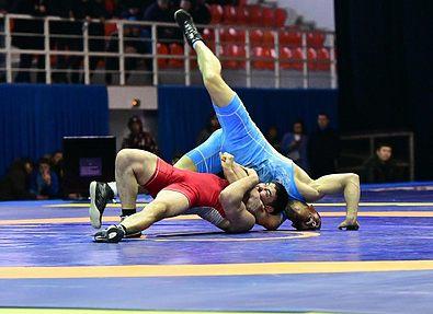 В Актобе завершился молодежный чемпионат Казахстана по греко-римской борьбе